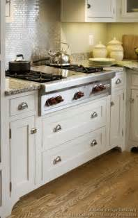 Cottage Kitchen Backsplash Ideas Cottage Kitchens Photo Gallery And Design Ideas