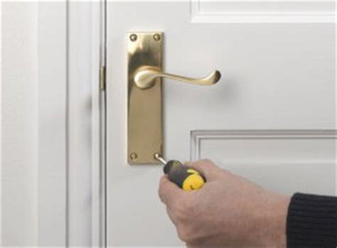 change a door handle service london from homemates