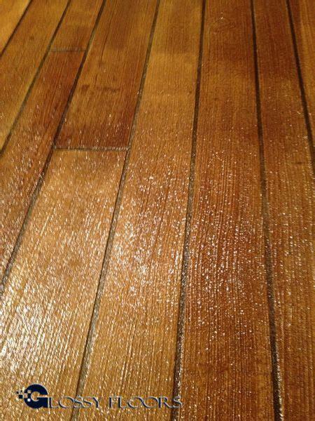 concrete floors that look like wood glossy floors