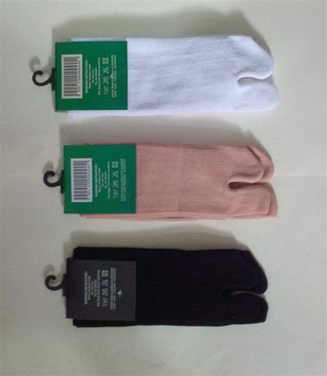 Kaos Kaki Polos Katun Hitam produsen kaos kaki jempol di bandung distributor kaos