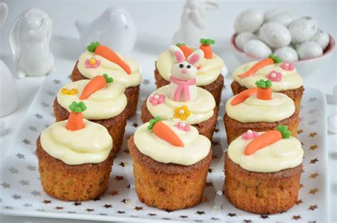 cuisine de paques carrot cupcakes de p 226 ques ou cupcakes 224 la carotte