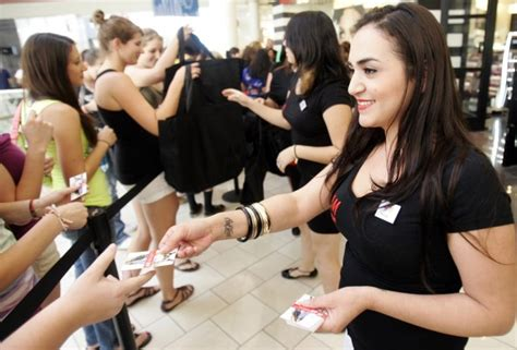 Tucson Mall Gift Card - h m sets opening day at park place news about tucson and southern arizona businesses