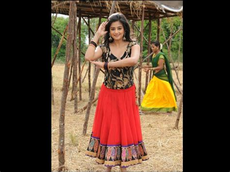 actor namitha height tamil actresses height who is the tallest actress in