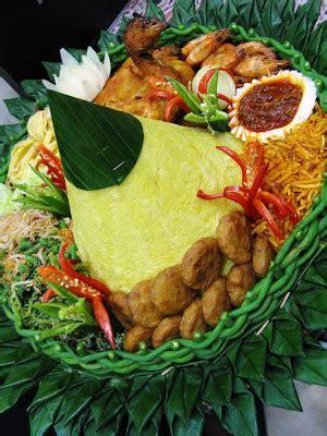buat nasi kuning tumpeng resep nasi kuning buat tumpeng komplit resep aneka share