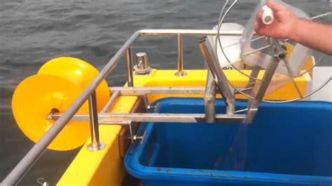 tekne olta tutucu yarı otomatik oltayla balık tutmayı abartmak youtube