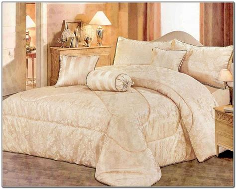 Cheap Luxury Bedding Sets Vikingwaterford Page 145 Soft Bedding Set For With Heavy Duvet In Square Pattern With