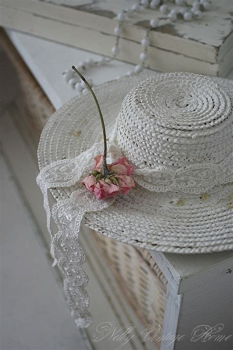 shabby chic hat take an old straw hat spray paint it