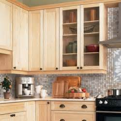 Kitchens With Light Maple Cabinets Light Maple Cabinets Countertop Backsplash Colour Ideas Kitchens