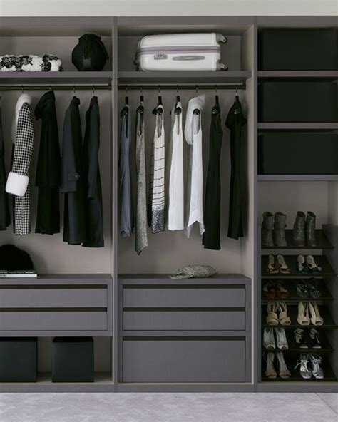 Mayweather Closet by 17 Best Images About Dressing Rooms And Walk In Closets On