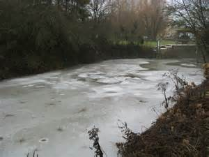 thames river frozen a frozen river thames 169 shaun ferguson cc by sa 2 0