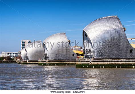 thames barrier storm surge thames barrier surge stock photos thames barrier surge