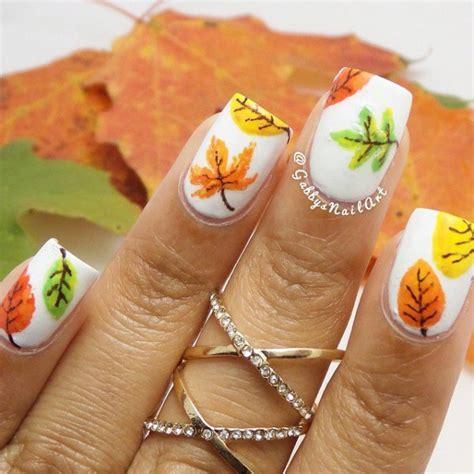 Leaf Nail Design