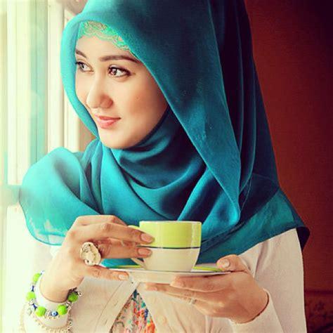 tutorial hijab pashmina satin ala dian pelangi cara memakai hijab style unik untuk pesta ala selebritis