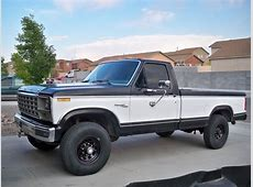 1980 Ford F350 - Information and photos - MOMENTcar Morris 4x4 Jeep Information