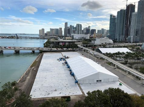 miami boat show moving resorts world miami to host 2019 boat show moving from