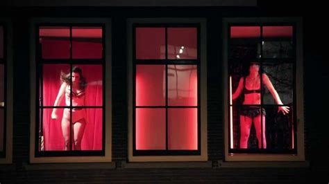 sex shop cabinas madrid girls going wild in red light district youtube
