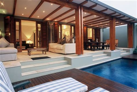 tropical interiors http caribbeanhomeandhouse com articles tropical interiors living 17 best images about tropical decor on pinterest luxury