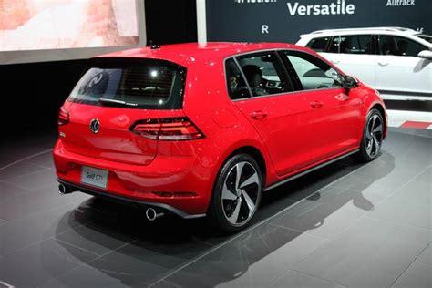Golf R New York Auto Show by 2018 Volkswagen Golf New York Auto Show Autotrader