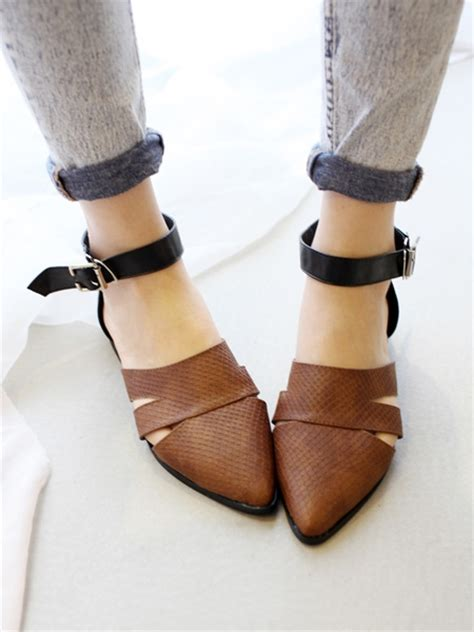 snake print flat shoes pointed flat shoes with snake print choies