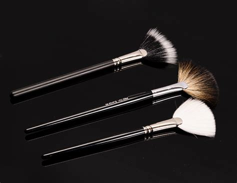 Highlighting Brush must makeup brushes for blush foundation contouring