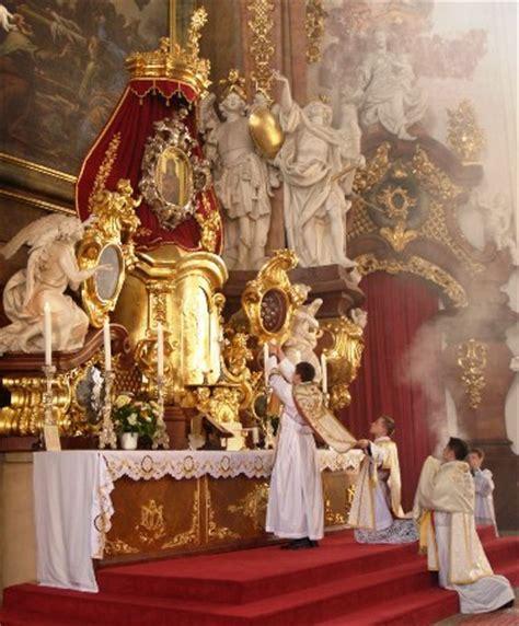 Beautiful Santa Barbara Catholic Church #4: GRSSAU~1R.jpg