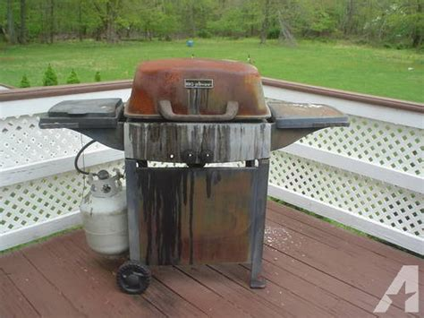 used gas bbq grill works great model home furniture