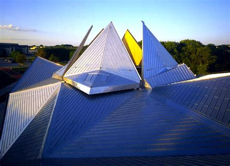 Building Origami - jeanne s origami shaped starlight theater