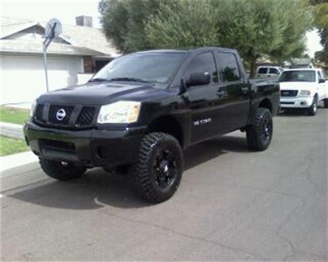 nissan titan tire size 2005 nissan titan stock tire size