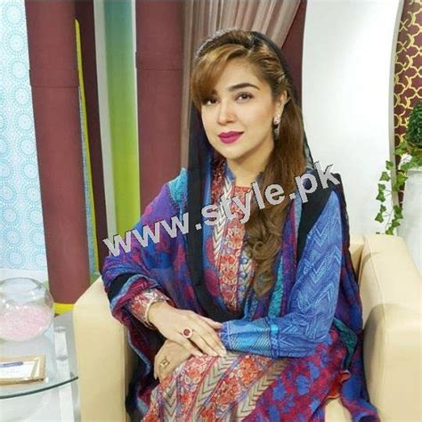 casual hairstyles with dupatta on head top 15 pakistani celebrities who look good by carrying