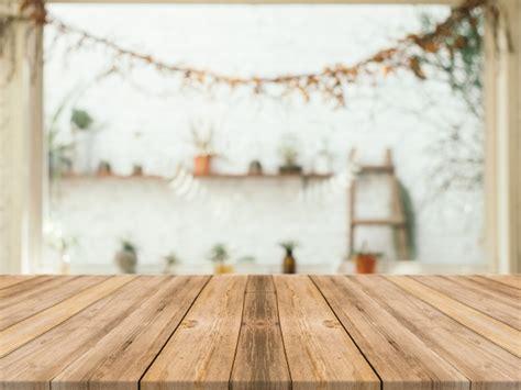 imagen de fondo de madera foto gratis mesa de madera con fondo borroso descargar fotos gratis