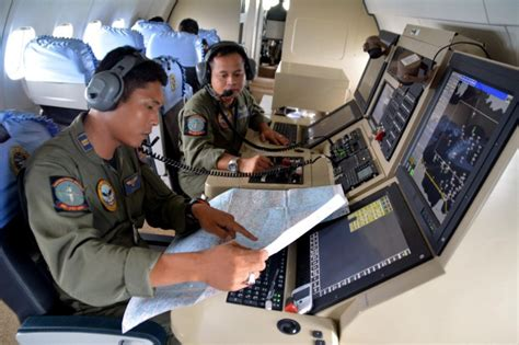 airasia qz506 the search for missing airasia flight ferry disaster in