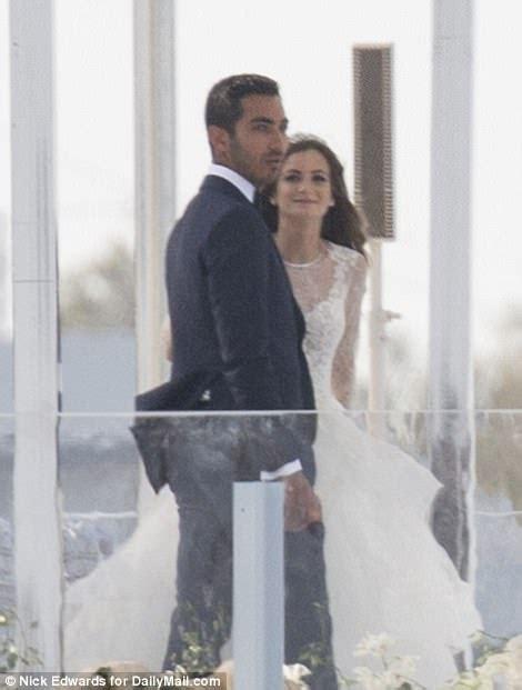 Jeff Sutton's daughter Renee gets married in Puglia