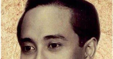 biography bung tomo bahasa inggris peringatan hari pahlawan 10 november 1945 peristiwa fenomena