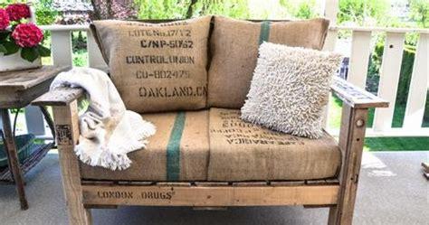 Kursi Salon Bekas 8 desain sofa unik dari kayu peti kemas 1000 inspirasi