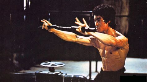 born bruce lee 25 legend bruce lee pictures picshunger