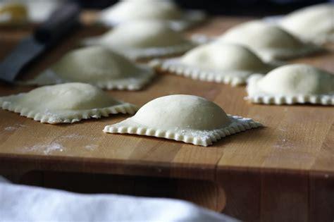 Handmade Ravioli - ravioli livelovepasta