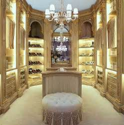 luxus kleiderschrank 25 best ideas about luxury closet on