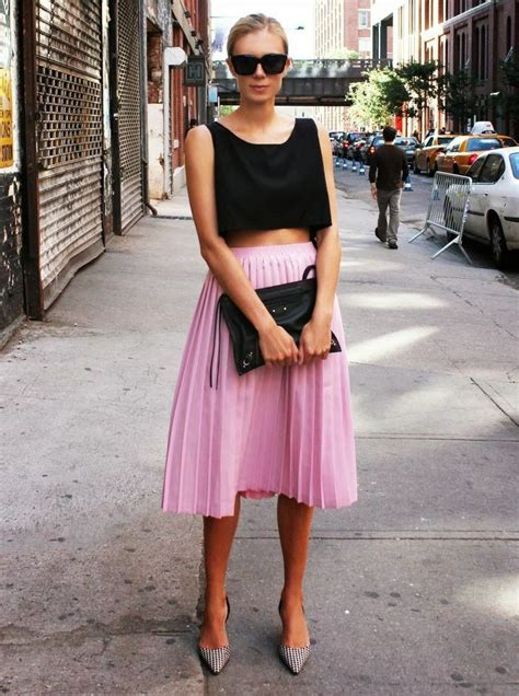 how to wear pleated skirts in summer 2018 fashiongum