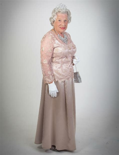 Royal Dress Balotelly Dusty Pink Dna book elizabeth lookalike royal impersonator entertainment