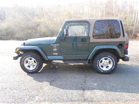 sell used 99 jeep wrangler 4x4 tilt cruise cd a c