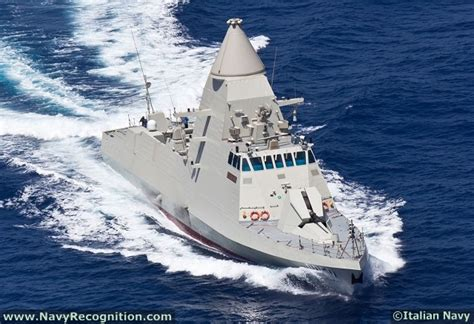 types of boats in the uae falaj 2 class stealth patrol vessel ghantoot p251 salahah