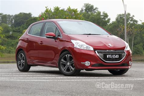 peugeot car price in malaysia peugeot 208 2015 1 6 vti 5 door in malaysia reviews