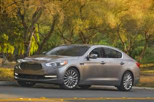 Kia K900 Used 2015 Kia K900 Front Three Quarters Photo 5