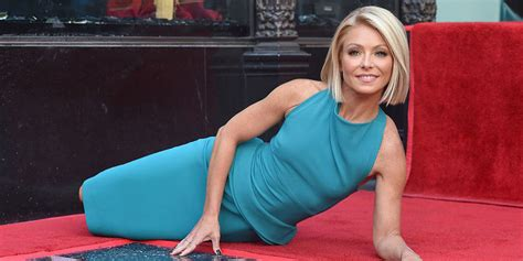 what device does kelly ripa use on her hair kelly ripa getting used to being walked all over