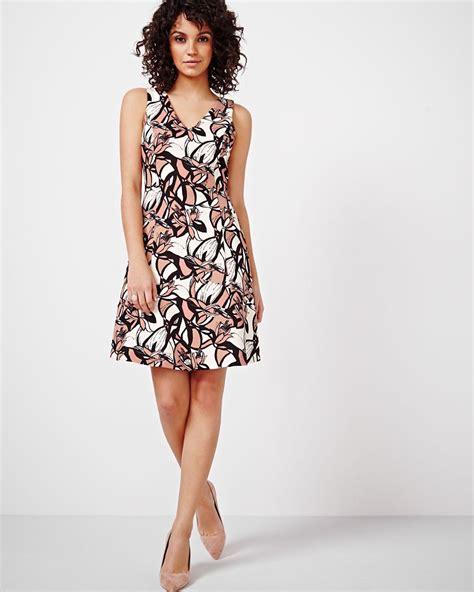 V Neck Printed Dress printed v neck dress rw co