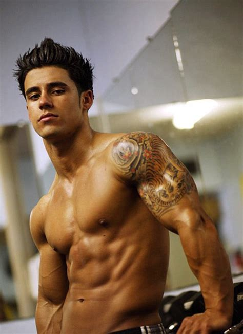 hot tattoos designs  biceps