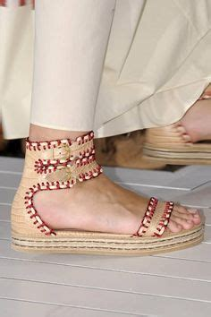Those Look Like Comfortable Shoes by 1000 Images About Arabian Shoes On Slippers Bridal Shoes And Indian