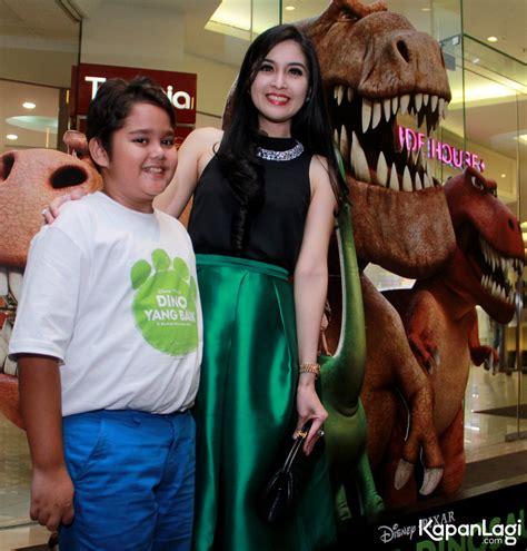 film layar lebar dewi sandra adam farrel isi suara the good dinosaur versi indonesia
