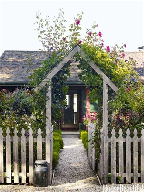 cottage garden arches lookslikewhite