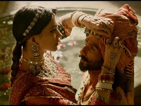 film india padmavati padmavati trailer beats justice league business recorder